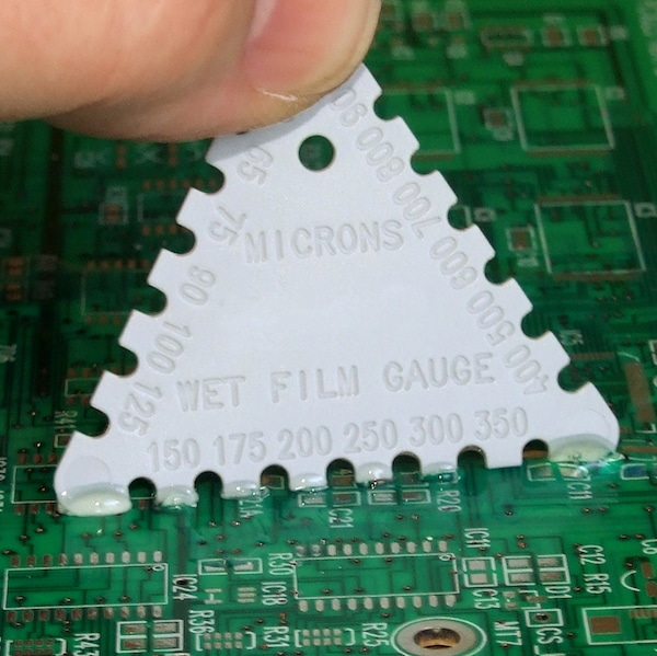 Wet film gauge for Conformal Coating Thickness Measurement